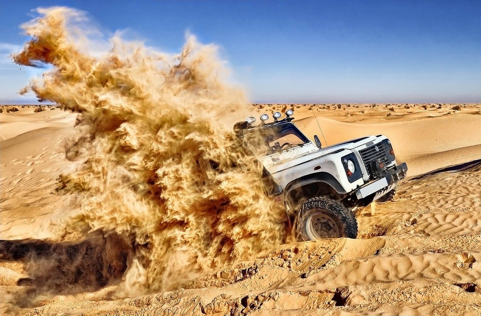 Fuoristrada deserto tunisino